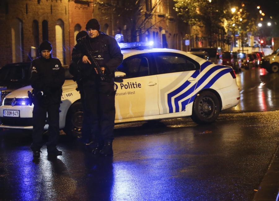 Policja na ulicach Molenbeek