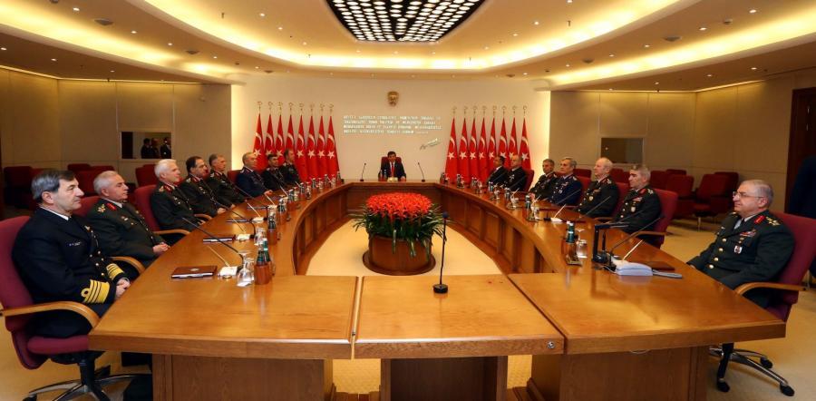 Turecki premier i generałowie