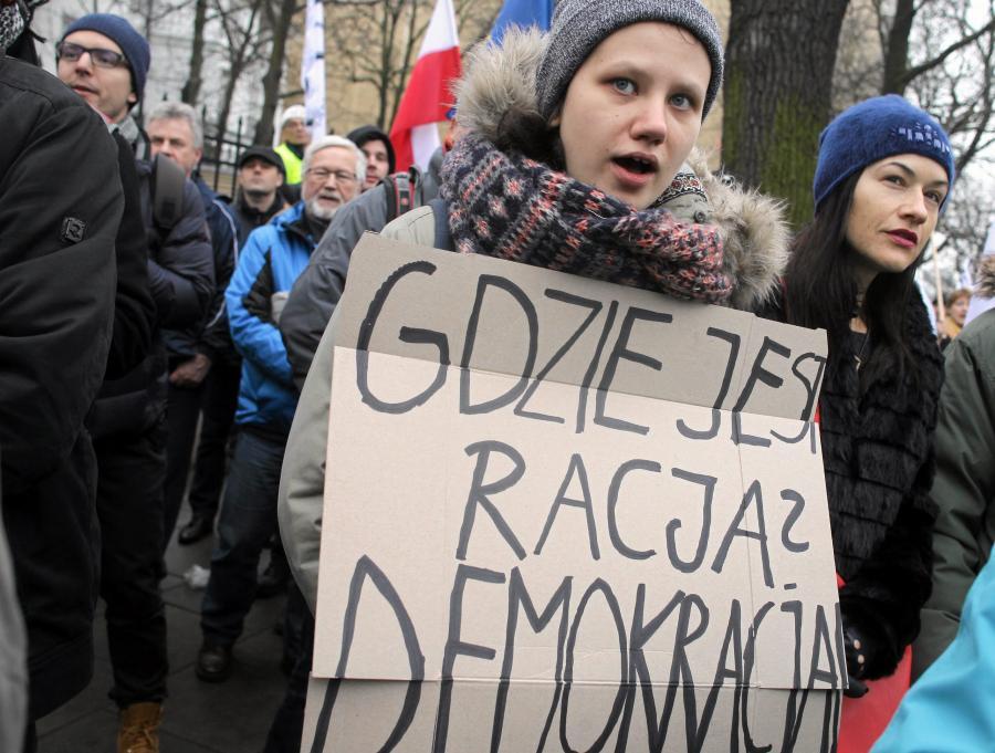 Demonstracja przed Trybunałem Konstytucyjnym