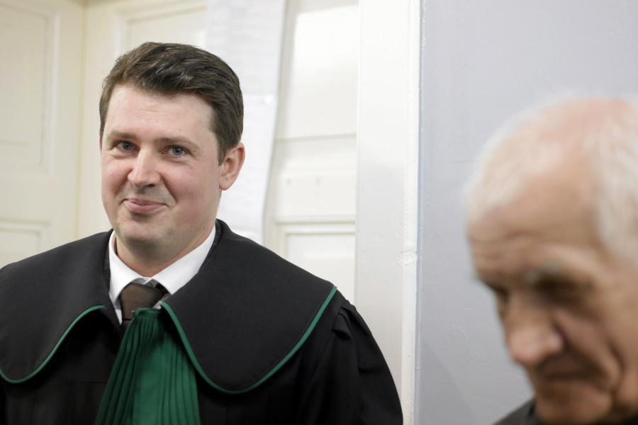 Mecenas Piotr Wojtaszak obronca Feliksa Meszki podczas rozprawy sadowej