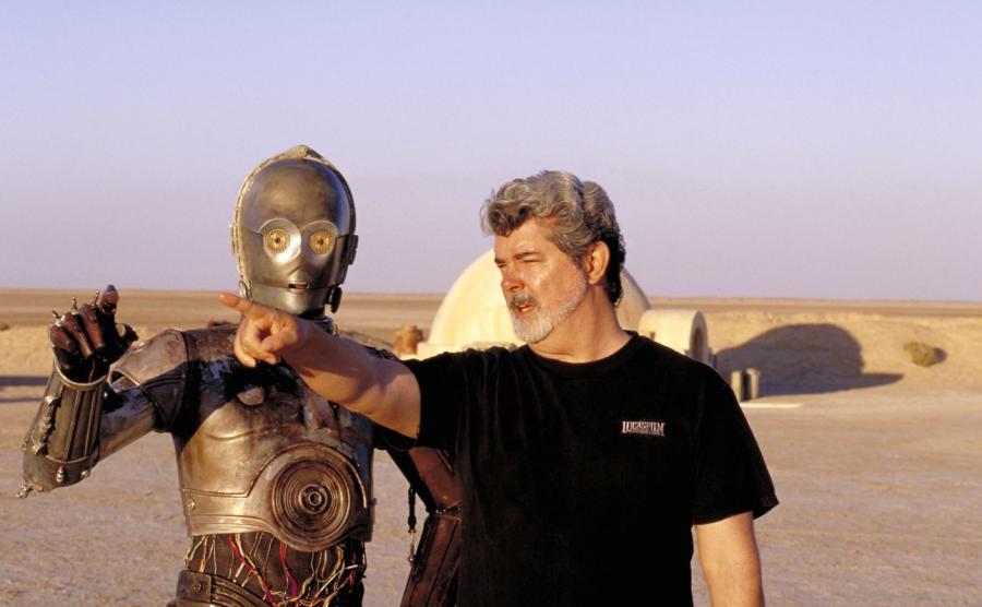 George Lucas i droid C-3PO w czasie kręcenia \