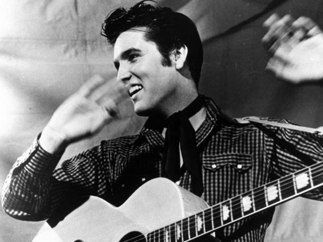 Elvis Presley urodził się 8 stycznia 1935 w Tupelo w stanie Missisipi