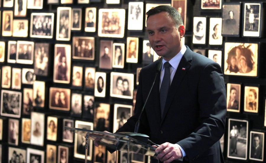 Andrzej Duda na terenie obozu Auschwitz-Birkenau