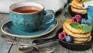 Herbata i naleśniki