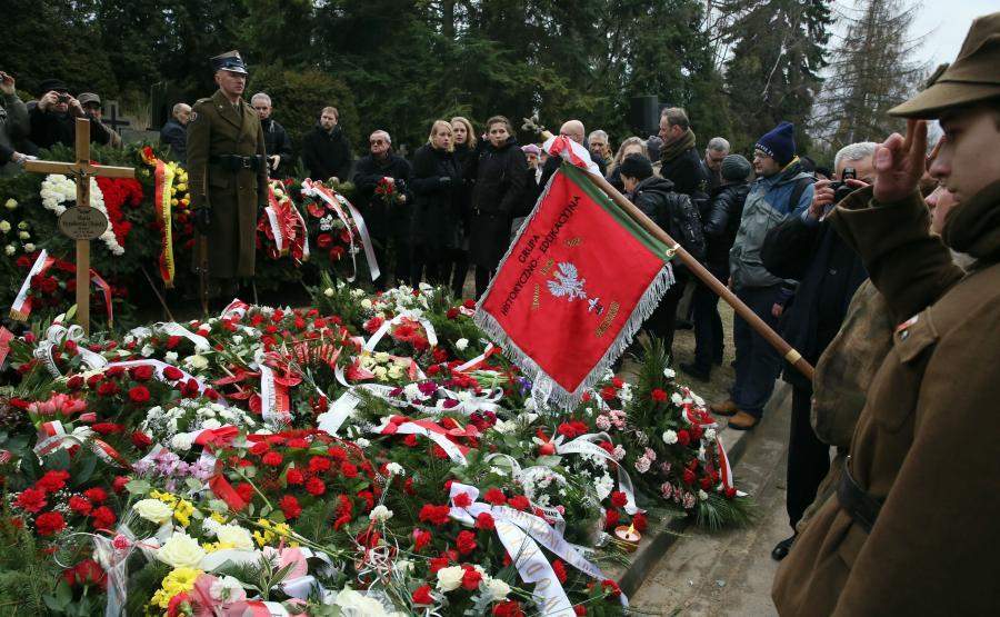 MARIA STYPUŁKOWSKA-CHOJECKA, łączniczka i sanitariuszka AK spoczęła na Powązkach