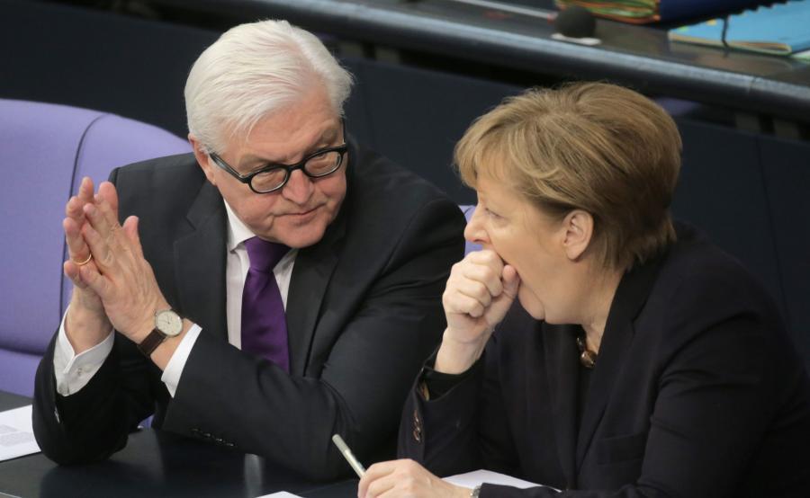 Frank-Walter Steinmeier i Angela Merkel