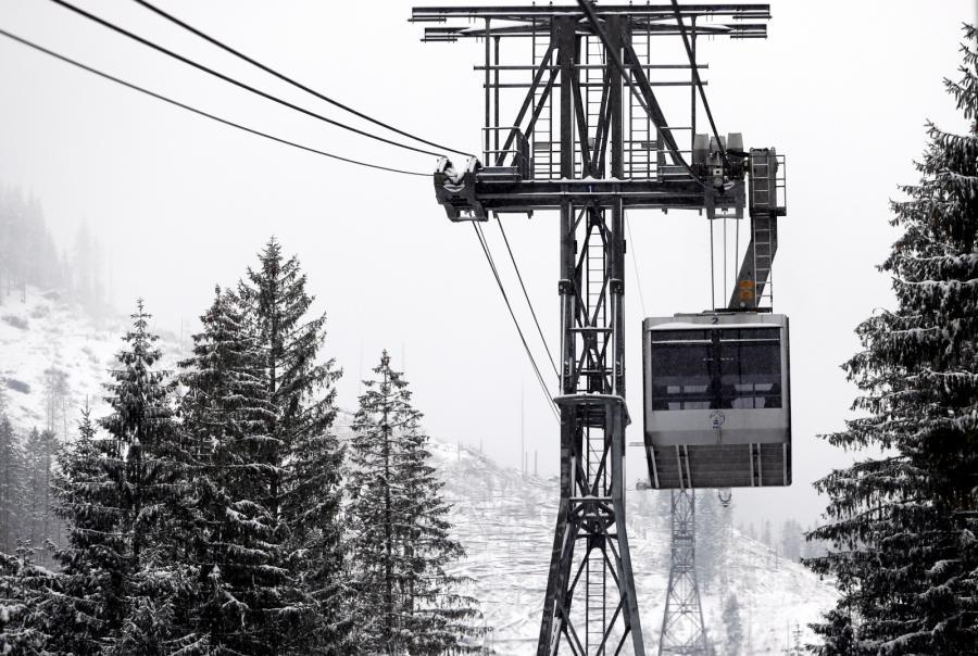 Kolej linowa z Kuźnic na szczyt Kasprowego Wierchu w Tatrach