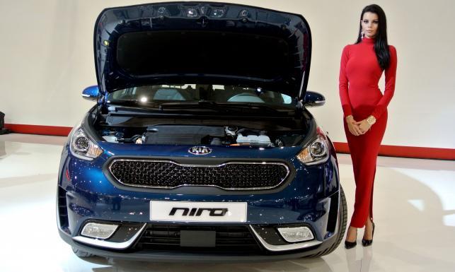 Kia wyciągnęła w Polsce asa z rękawa. Nowy model NIRO napędem przewyższa Toyotę. ZDJĘCIA