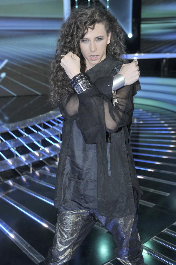 """Michał Szpak w programie """"X- Factor"""" (kwiecień 2011)"""