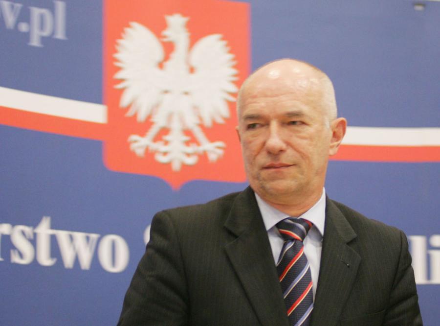 Zbigniew Ćwiąkalski:Za klapsy rodzice nie mogą być karani