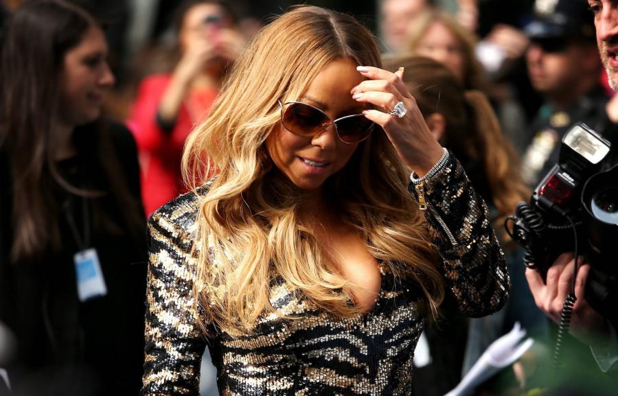 Mariah Carey na scenie, podczas prób, za kulisami, z fanami w \