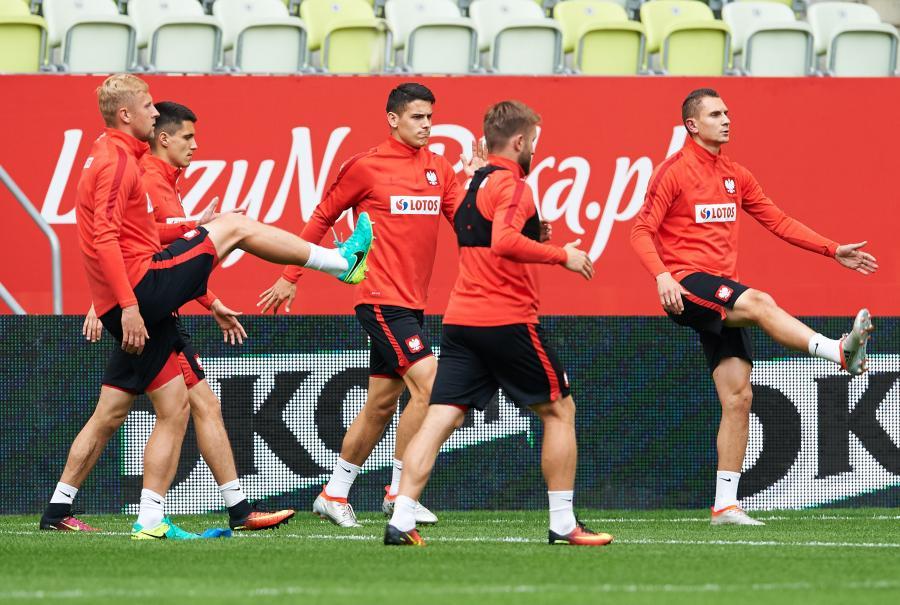 Kamil Glik (L), Bartosz Kapustka (2L), Mariusz Stępiński (C), Jakub Błaszczykowski (2P) i Artur Jędrzejczyk (P)