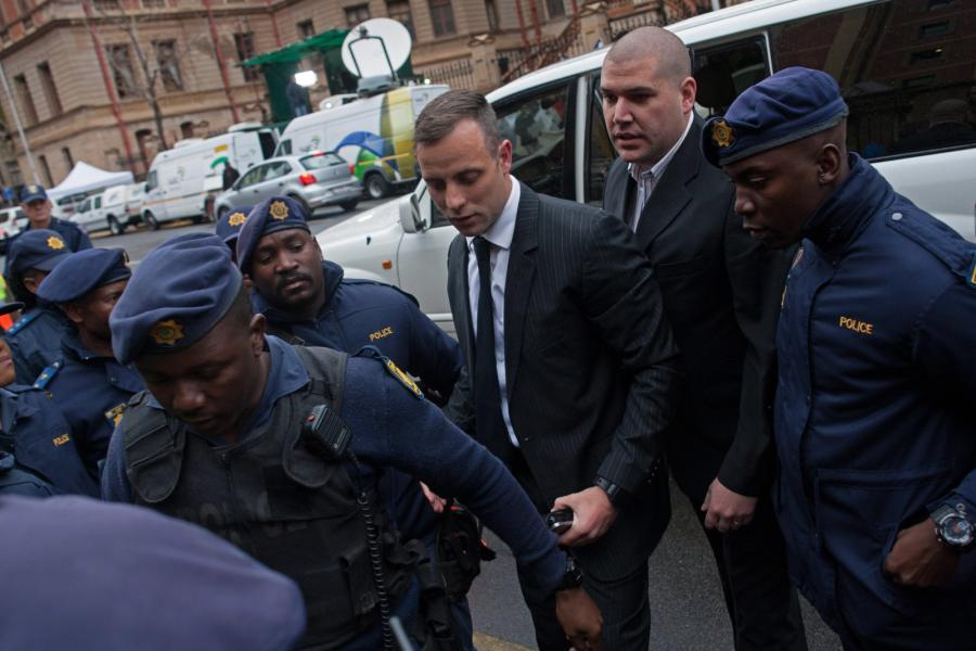 Pistorius udaje sie na rozprawe