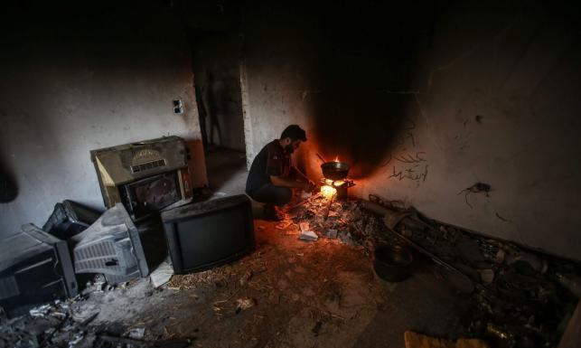 Trzy lata po ataku gazowym. Ramadan w środku wojny w ruinach Damaszku [FOTOREPORTAŻ]