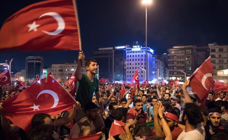 Prorządowa demonstracja w Turcji