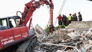 Gruzowisko po trzęsieniu ziemi
