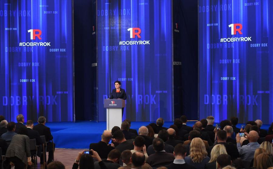 Beata Szydło podsumowuje rok rządu