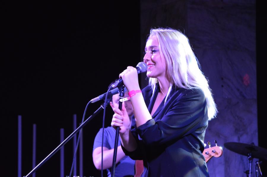 Lilly Hate Roses na scenie targów Co Jest Grane, Warszawa, 26 listopada 2016