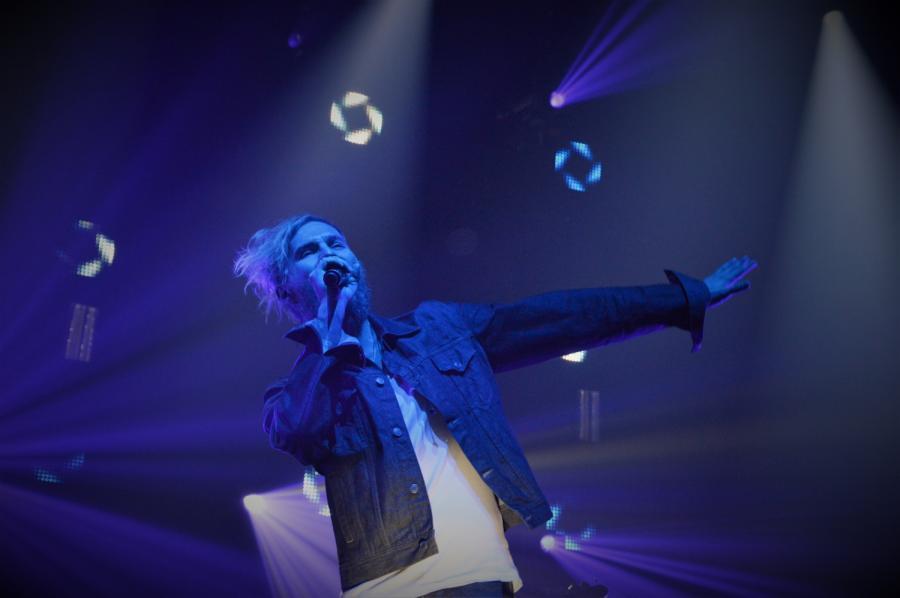 Organek podczas koncertu Dawida Podsiadło - koncert na warszawskim Torwarze, 9 grudnia 2016