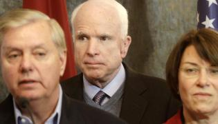 Lindsey Graham (L), John McCain (C) and Amy Klobuchar (P)