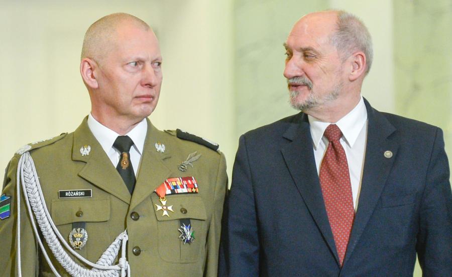 Gen, Mirosław Różański i Antoni Macierewicz